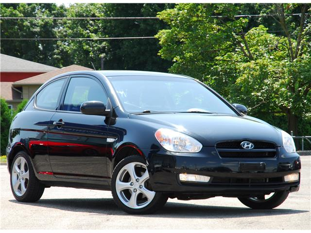 2011 Hyundai Accent L Sport (Stk: 58893AZ) in Kitchener - Image 1 of 4