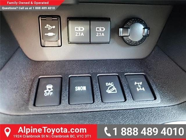 2019 Toyota Highlander XLE AWD SE Package (Stk: S599133) in Cranbrook - Image 17 of 24