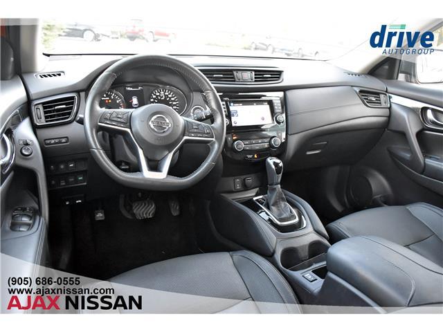 2017 Nissan Rogue SL Platinum (Stk: P4199) in Ajax - Image 2 of 33