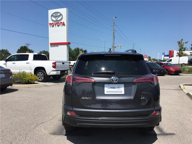 2017 Toyota RAV4 LE (Stk: P1888) in Whitchurch-Stouffville - Image 5 of 12
