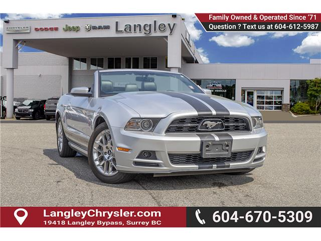 2014 Ford Mustang V6 Premium (Stk: EE902340) in Surrey - Image 1 of 23