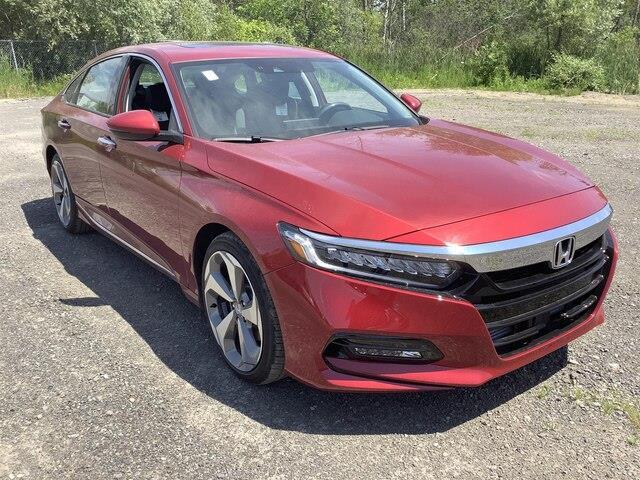2019 Honda Accord Touring 2.0T (Stk: 190932) in Orléans - Image 9 of 18