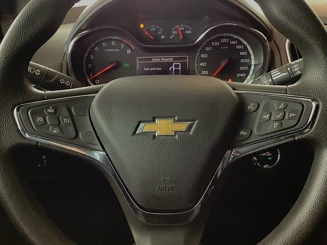 2017 Chevrolet Cruze Hatch LT Manual (Stk: 20991B) in Kingston - Image 12 of 26