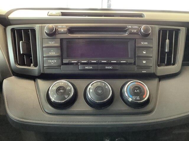 2016 Toyota RAV4 LE (Stk: P19065) in Kingston - Image 15 of 21