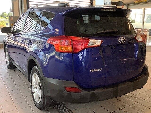 2015 Toyota RAV4 LE (Stk: P19093) in Kingston - Image 2 of 12