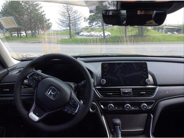 2019 Honda Accord Touring 1.5T (Stk: 19-0361) in Ottawa - Image 12 of 17
