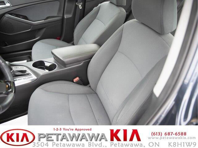 2014 Kia Optima Hybrid EX (Stk: 19068-1) in Petawawa - Image 18 of 22