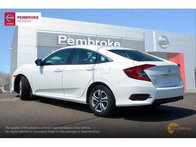2017 Honda Civic LX (Stk: 19038A) in Pembroke - Image 4 of 20