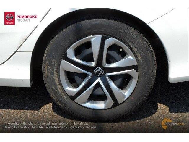 2017 Honda Civic LX (Stk: 19038A) in Pembroke - Image 5 of 20