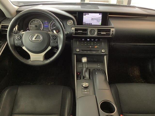 2016 Lexus IS 300 Base (Stk: LB19003) in Kingston - Image 11 of 28