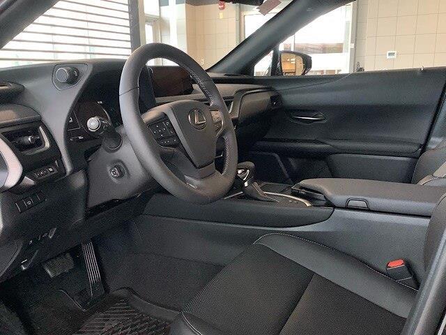 2019 Lexus UX 250h Base (Stk: 1699) in Kingston - Image 18 of 30