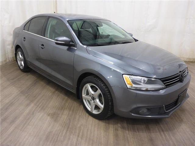 2013 Volkswagen Jetta 2.0 TDI Highline (Stk: 19072081) in Calgary - Image 1 of 24
