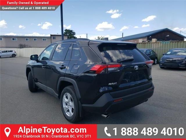 2019 Toyota RAV4 XLE (Stk: W059710) in Cranbrook - Image 3 of 25