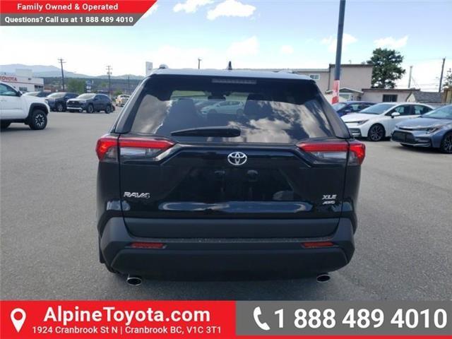 2019 Toyota RAV4 XLE (Stk: W059710) in Cranbrook - Image 4 of 25