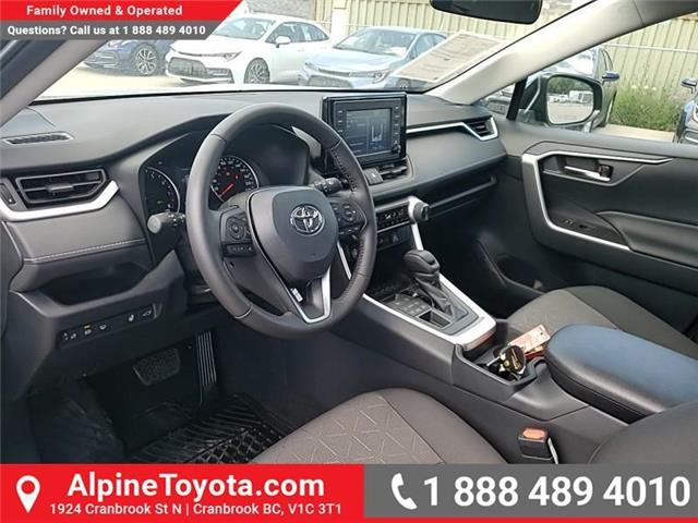 2019 Toyota RAV4 XLE (Stk: W059710) in Cranbrook - Image 9 of 25