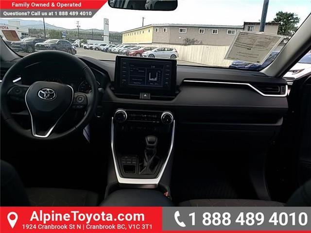 2019 Toyota RAV4 XLE (Stk: W059710) in Cranbrook - Image 10 of 25