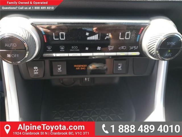 2019 Toyota RAV4 XLE (Stk: W059710) in Cranbrook - Image 21 of 25