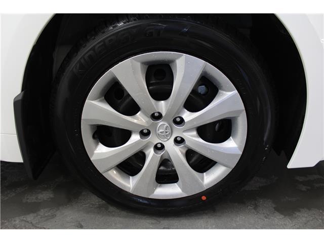 2020 Toyota Corolla LE (Stk: P035995) in Winnipeg - Image 6 of 26