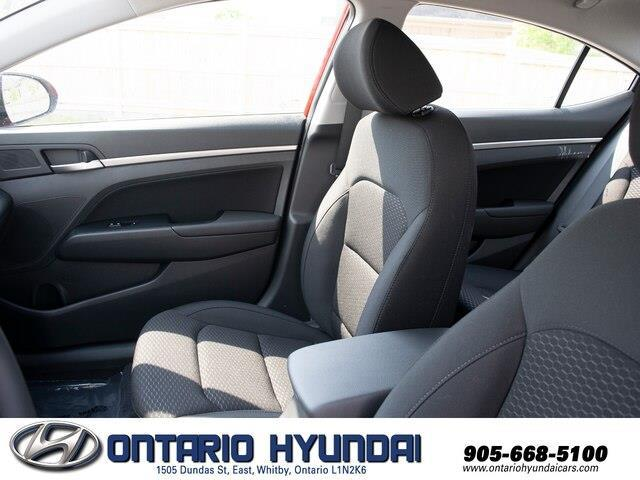 2020 Hyundai Elantra Preferred w/Sun & Safety Package (Stk: 905358) in Whitby - Image 5 of 17