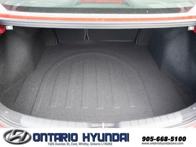 2020 Hyundai Elantra Luxury (Stk: 906354) in Whitby - Image 19 of 21