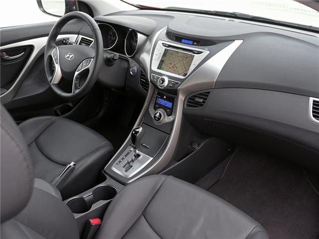 2013 Hyundai Elantra SE (Stk: AH8812A) in Abbotsford - Image 2 of 2