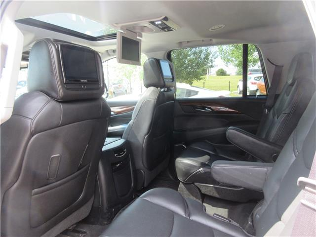 2016 Cadillac Escalade Premium Collection (Stk: 9326) in Okotoks - Image 29 of 41