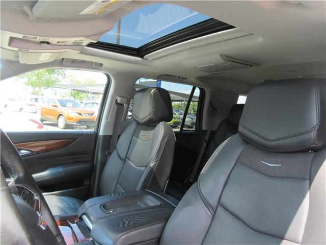 2016 Cadillac Escalade Premium Collection (Stk: 9326) in Okotoks - Image 4 of 41