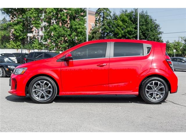 2018 Chevrolet Sonic LT Auto (Stk: P0422A) in Richmond Hill - Image 3 of 20