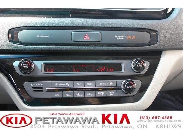 2019 Kia Sedona SX (Stk: 19237) in Petawawa - Image 11 of 19