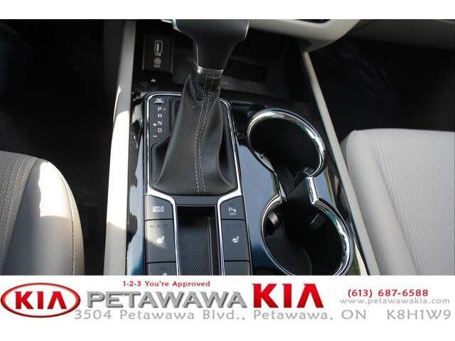 2019 Kia Sedona SX (Stk: 19237) in Petawawa - Image 12 of 19