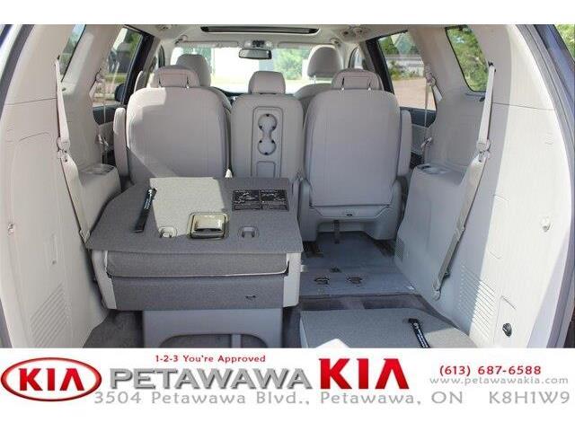2019 Kia Sedona SX (Stk: 19237) in Petawawa - Image 19 of 19