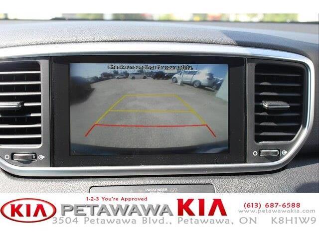 2020 Kia Sportage EX (Stk: 20063) in Petawawa - Image 11 of 17