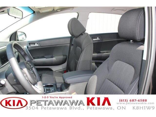 2020 Kia Sportage EX (Stk: 20063) in Petawawa - Image 14 of 17