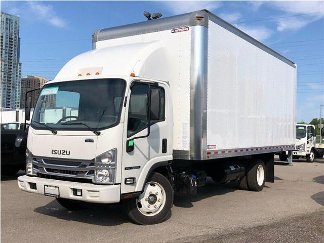 2019 Isuzu NRR New 2019 Isuzu 20' Body Walk-Ramp Air Deflector (Stk: STI95098) in Toronto - Image 1 of 19