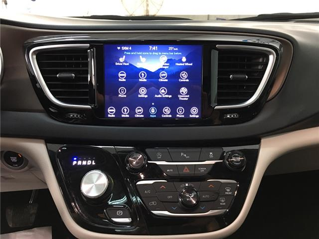 2018 Chrysler Pacifica Touring-L Plus (Stk: 35376W) in Belleville - Image 7 of 29