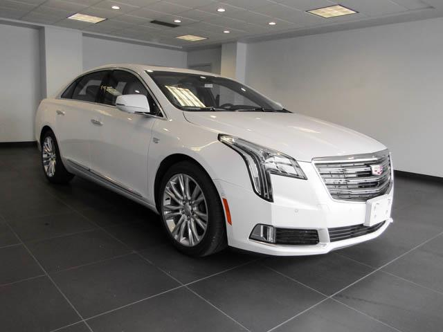 2019 Cadillac XTS Luxury (Stk: C9-12490) in Burnaby - Image 2 of 23