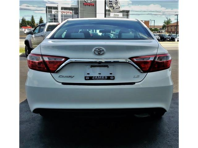 2016 Toyota Camry LE (Stk: N19344A) in Timmins - Image 7 of 14