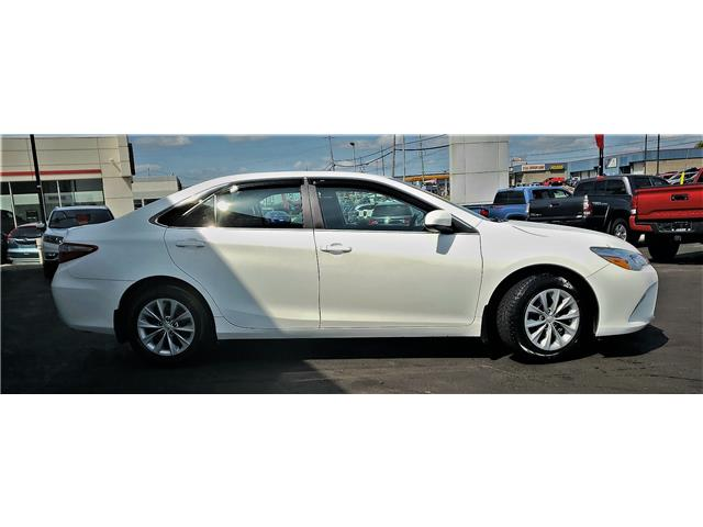2016 Toyota Camry LE (Stk: N19344A) in Timmins - Image 5 of 14