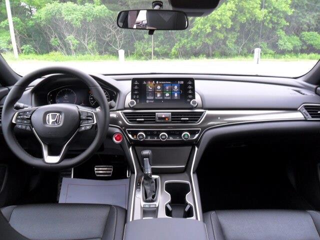 2019 Honda Accord Sport 1.5T (Stk: 10318) in Brockville - Image 9 of 18