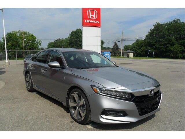 2019 Honda Accord Touring 2.0T (Stk: 10384) in Brockville - Image 8 of 27