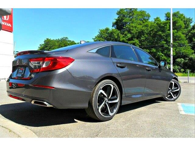 2019 Honda Accord Sport 2.0T (Stk: 10419) in Brockville - Image 6 of 20