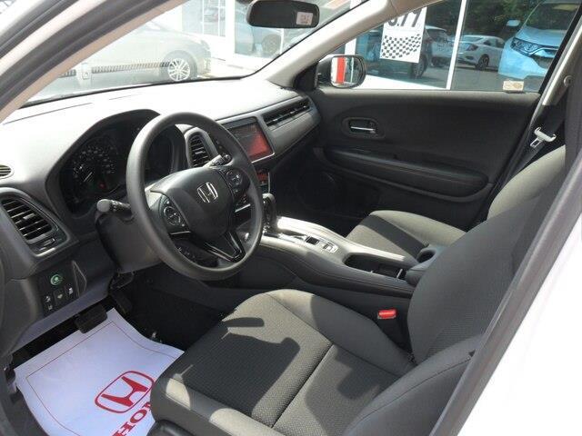 2019 Honda HR-V LX (Stk: 10529) in Brockville - Image 4 of 20