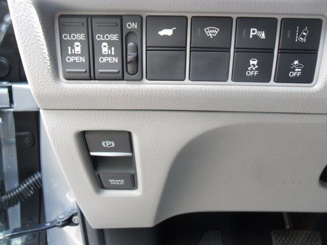 2019 Honda Odyssey Touring (Stk: 10612) in Brockville - Image 12 of 26