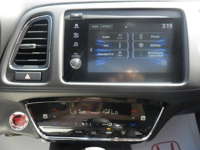 2019 Honda HR-V Sport (Stk: 10622) in Brockville - Image 3 of 24