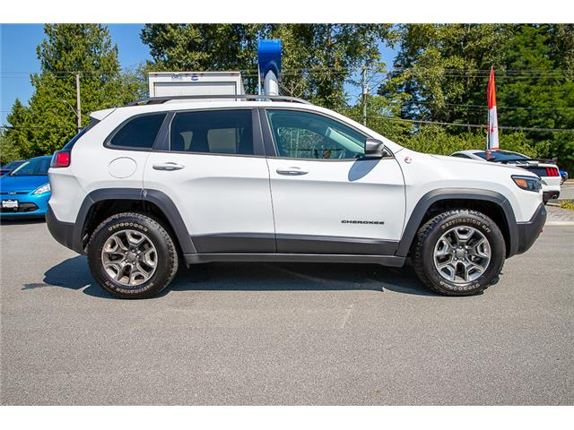 2019 Jeep Cherokee Trailhawk (Stk: P9032) in Vancouver - Image 8 of 30