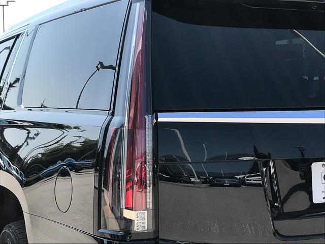 2019 Cadillac Escalade ESV Base (Stk: 9D01850) in North Vancouver - Image 12 of 22
