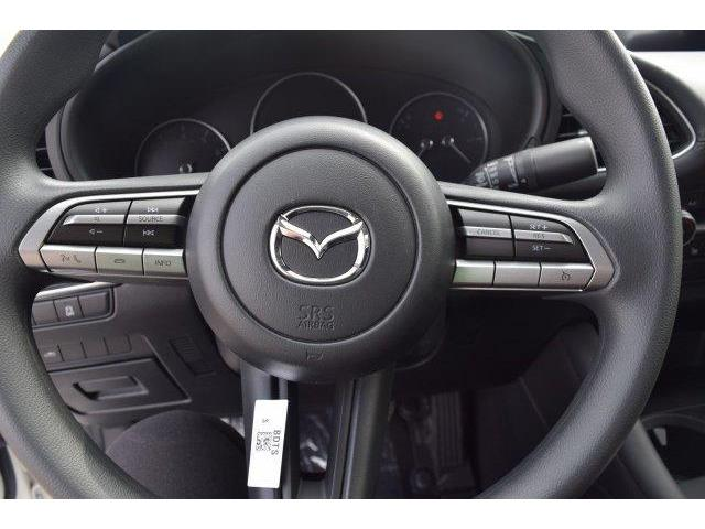 2019 Mazda Mazda3  (Stk: 19211) in Châteauguay - Image 9 of 11