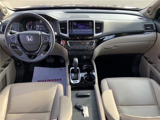 2017 Honda Ridgeline Touring (Stk: 2008A) in Lethbridge - Image 2 of 30