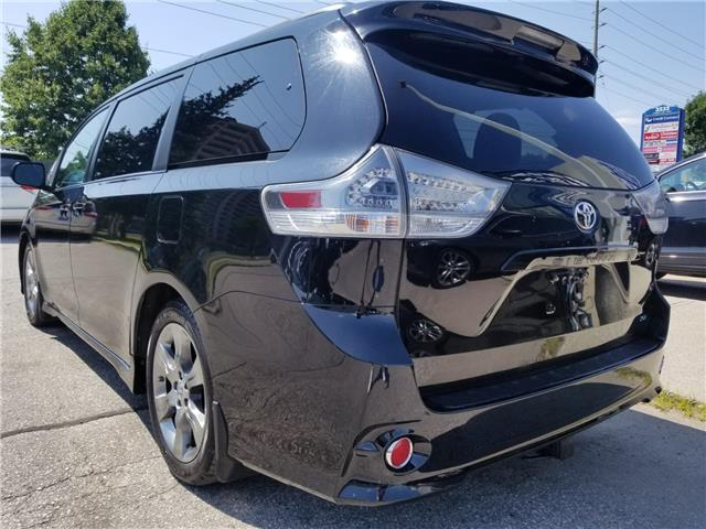 2011 Toyota Sienna SE 8 Passenger (Stk: ) in Concord - Image 5 of 21