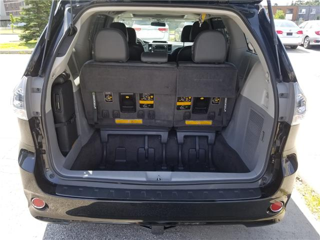2011 Toyota Sienna SE 8 Passenger (Stk: ) in Concord - Image 6 of 21